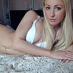 Junge Blondine aus Schwerin sucht Sex Treffen